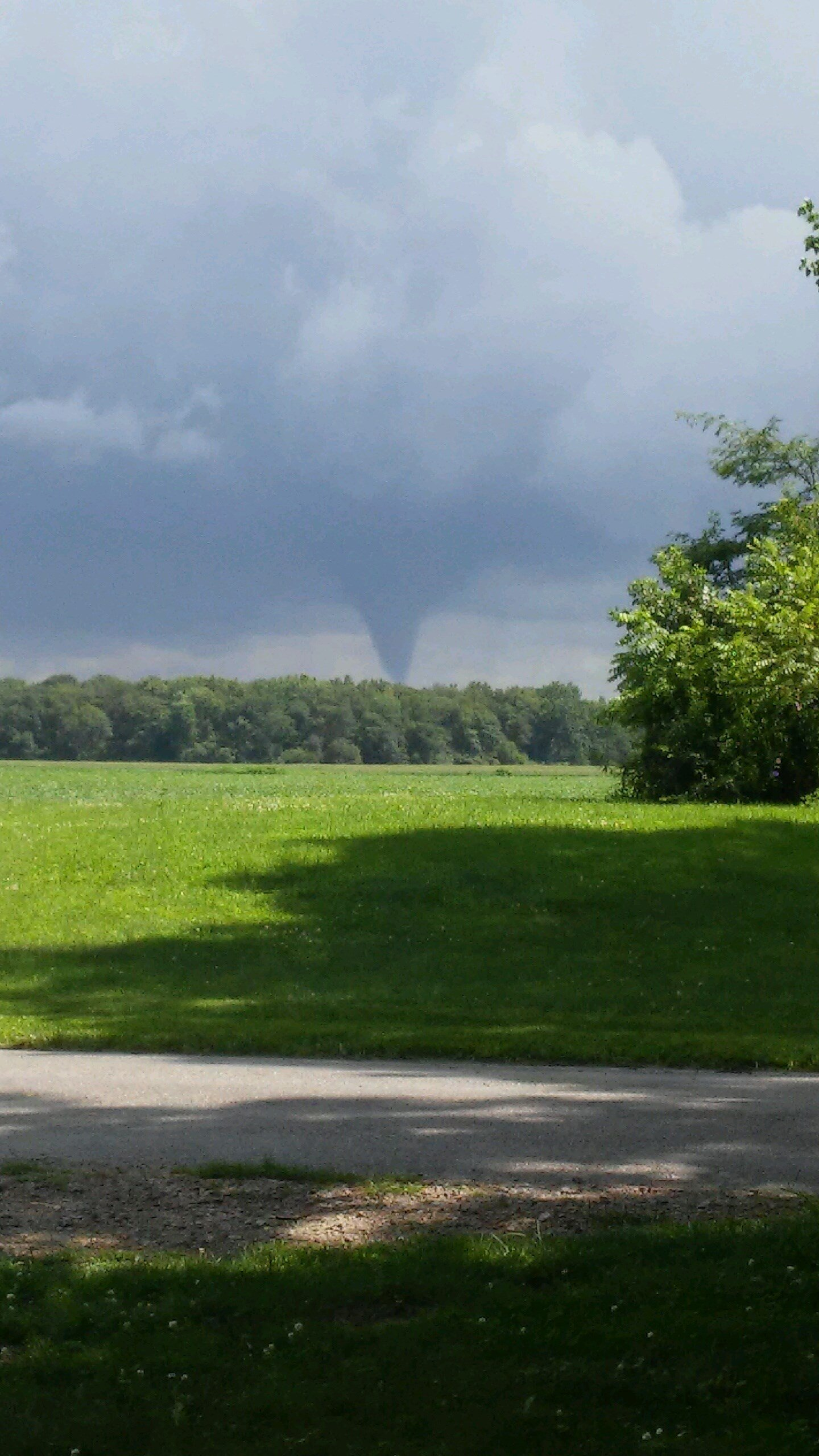 Indiana white county idaville - This Viewer Submitted Photo Taken Near Buffalo Shows The Funnel Cloud That Formed In White County